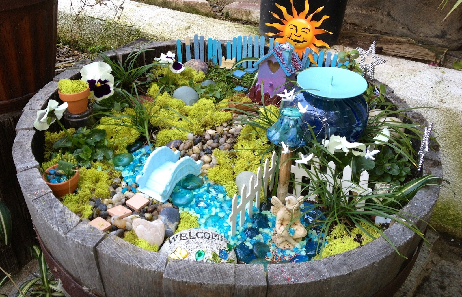 15 Fabulous Fairy Garden Ideas Live Diy Ideas