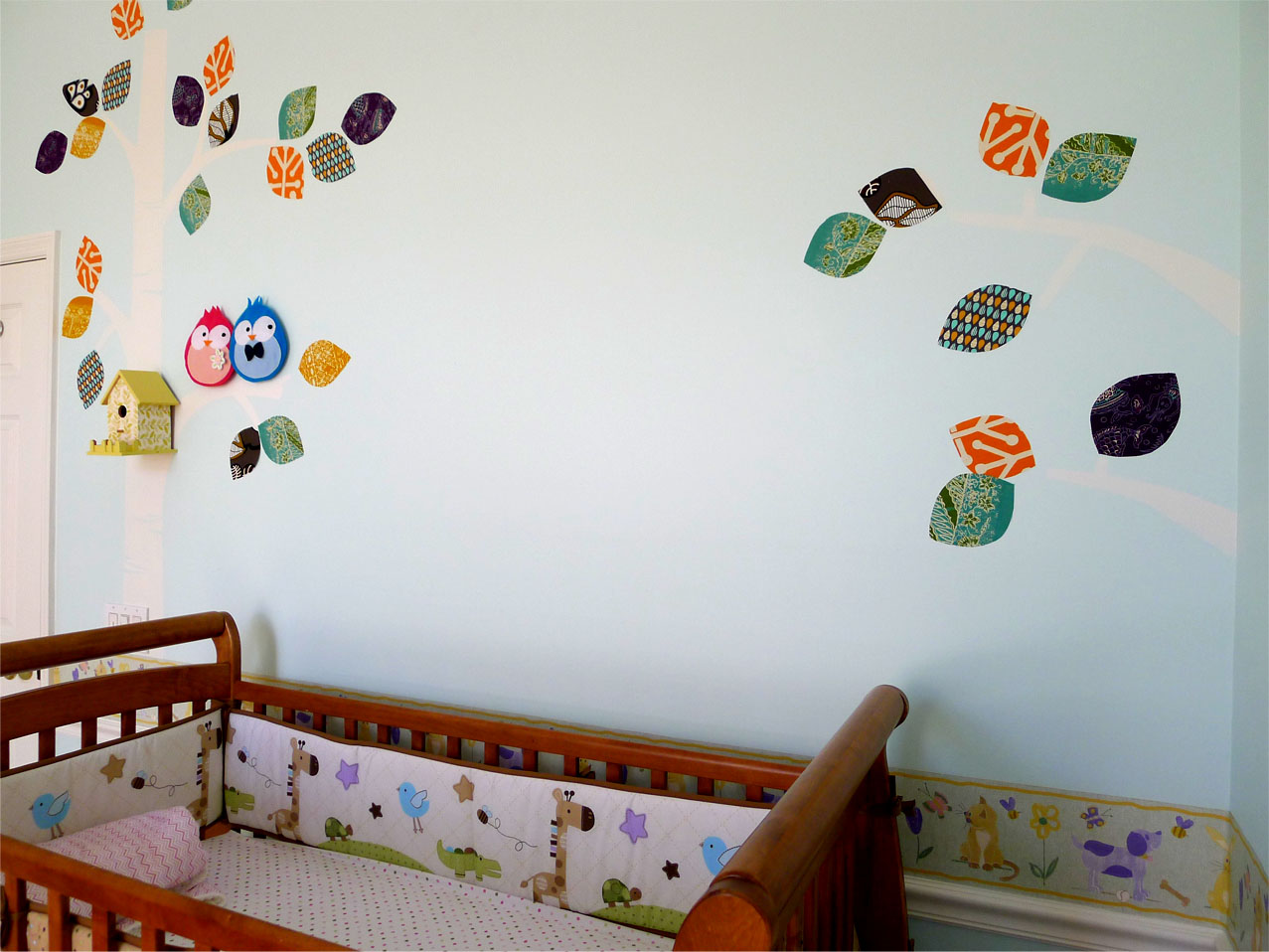 17 gentle ideas for diy nursery decor live diy ideas for Baby mural ideas