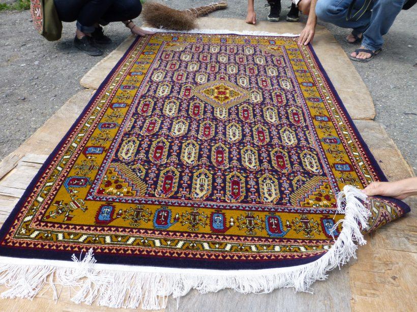15 Handmade Carpets For Art Lovers