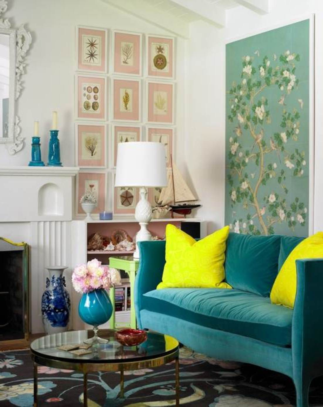 Some easy rules of small space decorating live diy ideas for Small sitting room ideas